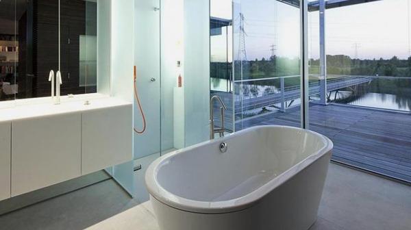 Chọn vách kính phòng tắm